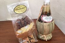 Tuscan Wedding Favors Ideas / Tuscany if filled with craftsmen and great food. Here are a few ideas I have found in my travels in Tuscany that would be perfect as wedding favours.