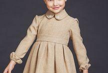 Платье для девочки строгое