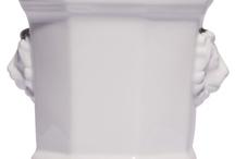 Lichte Porzellan Übertopfe in weiß