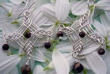BAUBLES / DIY Wire & Beadwork Jewelry / by Shelly Langley