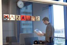 Letras para decorar tu oficina / En deletra.es puedes decorar y señalizar los espacios de tu oficina.