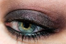 Smoky eye green eyes