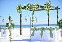 A Celadon Green Beach Wedding / Big Day Weddings, Beach Weddings, Celadon Green Beach Wedding Scheme, Orange Beach Alabama, Gulf Shores Alabama, Gulf Coast Weddings, Wedding Color Scheme, Wedding Theme, Celadon Green Wedding Theme