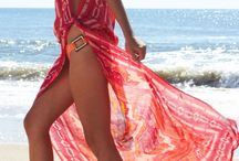 Ways to wear a sarong / Different ideas for ways to wear or use a sarong or pareo
