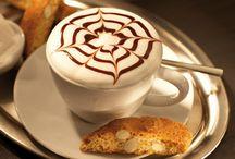 il Caffè / Véritable institution en Italie, le café se consomme différemment en fonction du moment de la journée et se déguste comme on vous le prépare : avec amour !