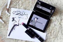 Make Up ♥ / by Léana Esch