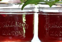 Summer Canning Recipes / Summer Canning and Preserving Recipes: Cherries, blueberries, apricot, mango, peach, pineapple, raspberry, cucumber, dilly beans, tomato, salsa, peppers, & other SUMMER produce.  Recipes must be specific to the season and to canning or other means of preservation. Pin only high quality pins, 2 pin/day limit, board will be looped. Let's try to not have duplicate pins :) jenny@thedomesticwildflower.com to be added. Canning recipes. Water bath canning, pressure canning, pickling, preserving, canning safety, canning process, canning for beginners, simple canning recipes, summer canning recipes