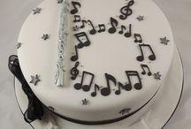 idee torte per 18 anni