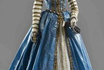 1550s gowns