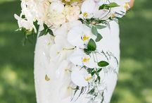 Bouquets and buttonpins