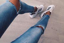 • / sneakerlover