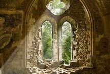 Medieval cathedrals and churches of England
