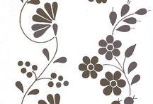 Kalocsai / A tábla Lengyel Györgyi - Kalocsai virágok című könyvének fotóiból áll. A könyv letölthető innen: http://himzoklub.network.hu/blog/himzo-klub-hirei/letoltheto-kezimunkakonyvek