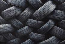 It's all about tyres! / Herzlich willkommen bei Tirendo, Ihrem Online Reifenspezialsten! Ganz egal, ob Sie nach Sommer-, Winter- oder Ganzjahresreifen suchen, bei Tirendo finden Sie immer gute Qualität bei günstigen Preisen. Eine riesige Auswahl an Reifenmodellen, kompetenter Kundenservice, kostenloser Versand und Rückversand entweder zu Ihnen nach Hause oder zu einem unserer 5.000 Montagapertner in Ihrer Nähe, all dies wird Sie überzeugen! Reifen online kaufen ist einfach und bequem!