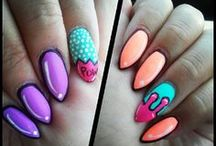 nails / i love to do nails and paint nails <3 / by Chloe Elder