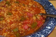 Yum - Soups, stews, chilies / by Catherine Ann
