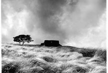 Black and White Landscapes / Inspiring black and white images of sea/mountain/river/valleyscapes