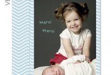 Carte remerciements Naissance / Créez en ligne de magnifiques cartes de remerciements naissance en ligne à envoyer à vos proches. Personnalisation facile, intuitive pour un rendu super !