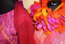 Klädkonster / Mina kläder och accessoarer i tovad ull och siden.