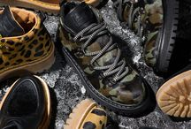 Car Shoe Woman FW13 Montagna Animalier / The Car Shoe montagna line also comes in a women's version. These new leather boots have a special Saint Moritz tread sole and black or animal-print ponyhair leather trim on the upper. For snow boot fans, Car Shoe has created an original ponyhair leather boot with an animal or camouflage print