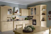 Cucine / Casa Tua Arredamenti ti aiuta nella scelta delle migliori soluzioni per arredare ogni ambiente della tua casa. Possiamo formulare soluzioni d'arredo personalizzate per la cucina, il soggiorno, il salotto, la camera e la cameretta, il bagno.
