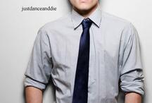 Josh Hutcherson (; / Hes a babe