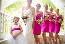 Bride & Bridesmaids Posing