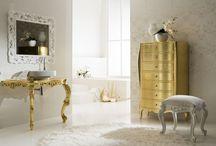 Doré / quelques meubles et accessoires doré