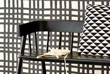 Wonen zwart wit - Living black and white | Verf & Wand / Interieur in zwart en wit. Deze combinatie blijft tijdloos.