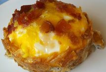 breakfast recipes / by Colleen Condon Touranjoe