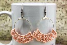 R.M. ékszer fülbevalók / R.M. jewelry earrings / Rangits Márta kézműves ékszer webáruház. Fülbevaló, karkötő, nyaklánc, gyűrű, medál, bokalánc, szett, könyvjelző. / Marta Rangits unique handmade jewelry and accessories webshop. Earings, bracelets, necklaces, rings, pendants, anklets, sets, bookmarks. www.rmekszer.hu
