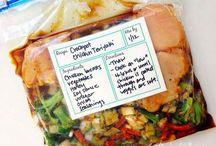freezer dinner / not pinned... pulled pork. white chili. sloppy joes. / by Lizi Black