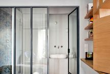 chambre parents / idée d'avoir notre espace SDB en enfilade dans la chambre, j'aime bien aussi des portes coulissantes.