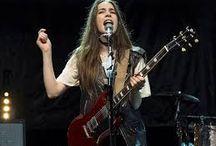 danielle haim guitarist