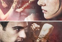 Divergent series / all things divergent, insurgent, and alliegent / by Jana Rollins