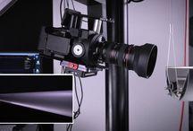 Videos / Bilder, die (sich) bewegen … emotional, spannend, informativ. Das ist das Resultat von Videoproduktionen, wenn es darum geht Produkte in Aktion attraktiv zu visualisieren. Mit Soundtrack und Sprecher, Grafik und Text oder 3D-Animationen und alles in 4K-Qualität.  Weitere Informationen unter: https://ralfklinger.de/video-produktfilme-3d-visualisierungen-videoproduktionen/