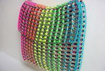 Clips taske med forskellig farver garn