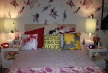 Hannah's bedroom / Want