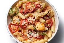 Pasta Dishes / by Amy Silviotti