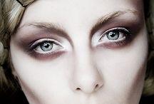 Baroque make up