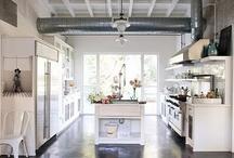 kitchen / by Elisa Masci
