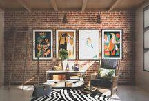 Ruang Multi Media / Temukan inspirasi desain ruang multi media impian anda dalam berbagai gaya, untuk waktu kebersamaan terbaik bersama keluarga.