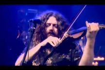 Tableros videos musicales subtitulados en español