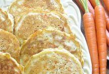 I ❤️ Pancakes ❤️ / See also :  https://de.pinterest.com/HBlackthorne/i-pancakes/