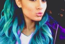 Ariana blue hair / Ariana with blue hair. It's bueatiful