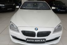 Auto- Sim S.A. - BMW 640D / AUTO-SIM S.A. to firma profesjonalnie zajmująca się sprzedażą, odkupem oraz wynajmem długoterminowym samochodów segmentu Premium (limuzyny, auta sportowe i terenowe).   Firma istnieje na rynku od roku  2001, a tworzy ją zespół ludzi związanych z motoryzacją od wielu lat. Nasz zespół to profesjonaliści posiadający duże doświadczenie w branży, ale przede wszystkim ludzie z pasją…