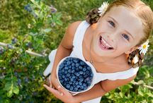Berry Gardening with Kids / Growing blueberries with kids is a fun and rewarding experience. Teach them the importance of gardening and growing their own food with BrazelBerries!