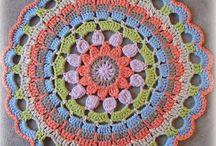 overlay crochet-mandalas