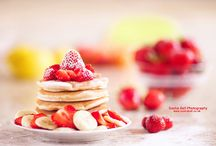 Food: Recipes for Breakfast and Brunch / Start your day with something hearty like eggs, pancakes, oats or banana. Sometimes, a quick breakfast is enough but healthy breakfast recipes that could take longer to make are also worth it, especially for kids. Comment on my latest pin for invite. DO NOT SPAM. DO NOT INVITE OTHERS. / by Bobbi Singer