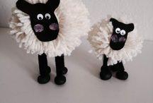 Creare le pecorelle di pom pom / Creare le pecorelle di pom pom